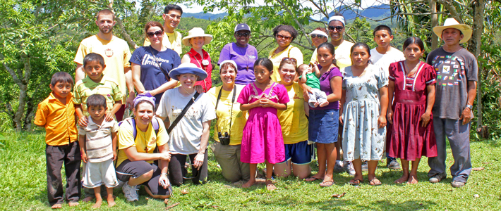 Belize Faculty-Staff May 2012 volunteers